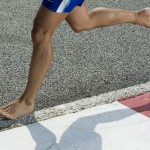 Is it better to run without shoes?